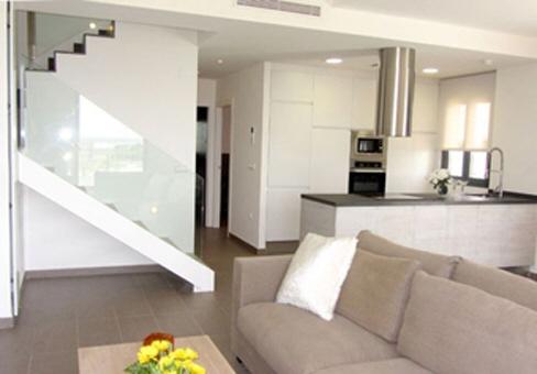 moderne einrichtung wohnzimmer design doppelhöhe Tanju Özelgin