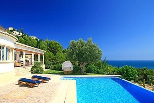 Luxuriöse Villa mit Privatpool in Jávea