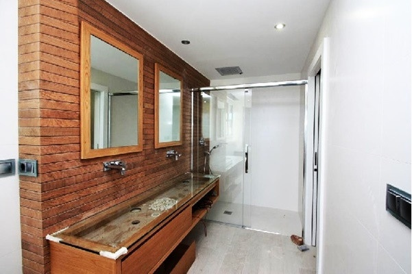 Eines der traumhaften Badezimmer mit unglaublichen Interieur