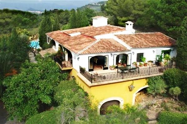 Wunderschönes Finca Anwesen in idyllischer Lage mit faszinierendem Panoramablick und Blick aufs Meer