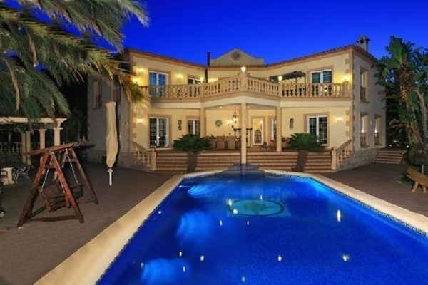 Luxuriöse Villa in La Serenissima mit atemberaubenden Blick auf das Meer