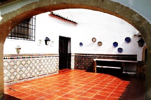 Der gemütliche Innenhof der Villa