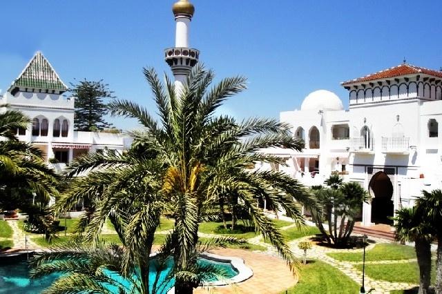 Traumhaftes Apartment in luxuriöser Wohnanlage mit großem Pool