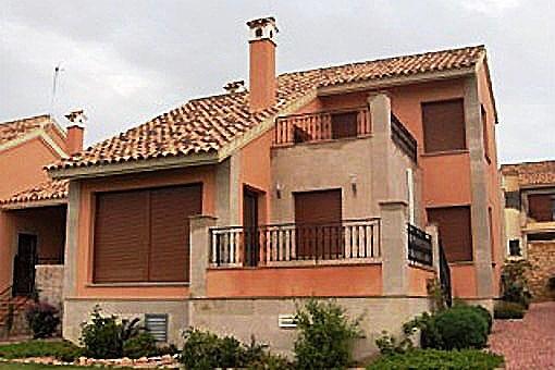 Schöne Villa in bester Qualität in Algorfa