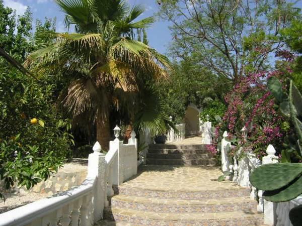 Villa mit Pool und romantischem Garten in Benissa