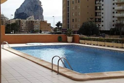 Tolles Apartment mit Pool und Meerblick