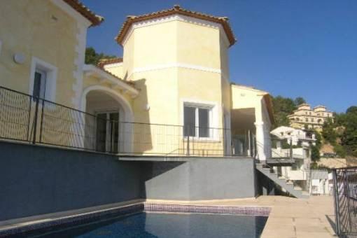 Exklusive Villa mit Pool und wunderschönem Ausblick