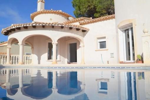 Villa in La Sella Golf Resort in absoluter Südlage mit wunderschönem Panoramablick auf die Berge