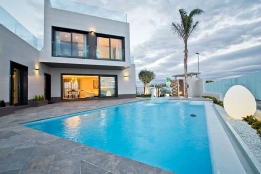Villa mit Pool und Meerblick in San Miguel de Salinas