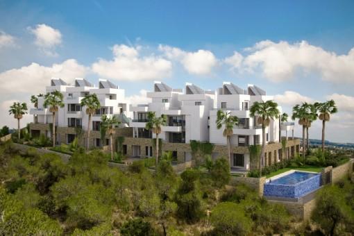 Wohnanlage umgeben von Palmen