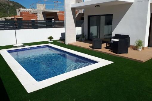 Moderne Villa mit Pool in Polop, Alicante