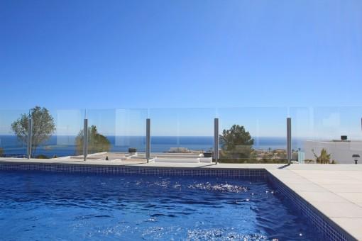 Luxuriöse Villa mit Pool und Meerblick in Benitachell, Alicante
