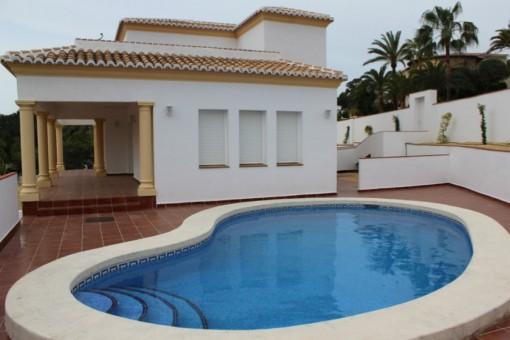 Schöne Villa mit Pool in Benissa, Alicante