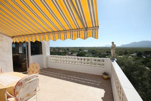 Rustikale Finca mit beeindruckender Aussicht in Oliva, Valencia
