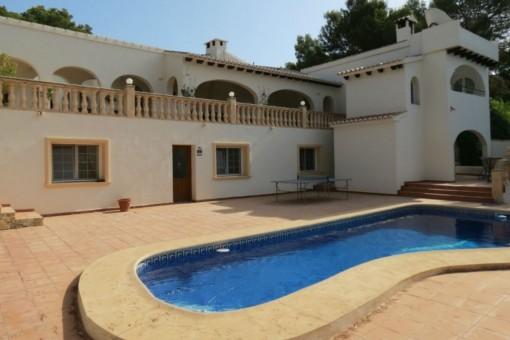 Gepflegte Villa mit Meerblick in Moraira