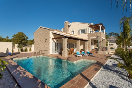 Beeindruckende Villa mit Pool in la Nucia, Alicante