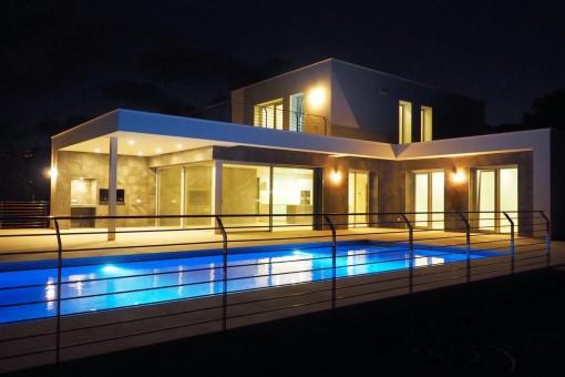 Traumhafte Neubau-Luxusvilla mit Meerblick in Moraira, Alicante