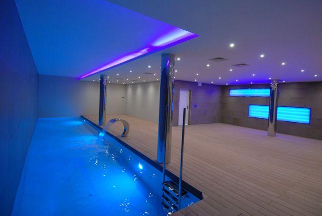 Indoor pool und Spa Bereich