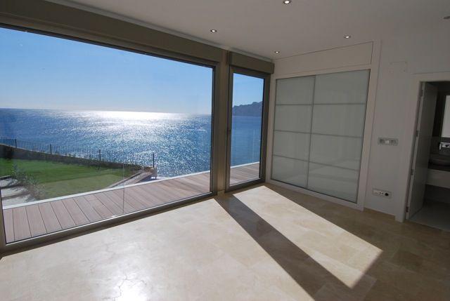 Atemberaubender Meerblick aus dem Wohnzimmer